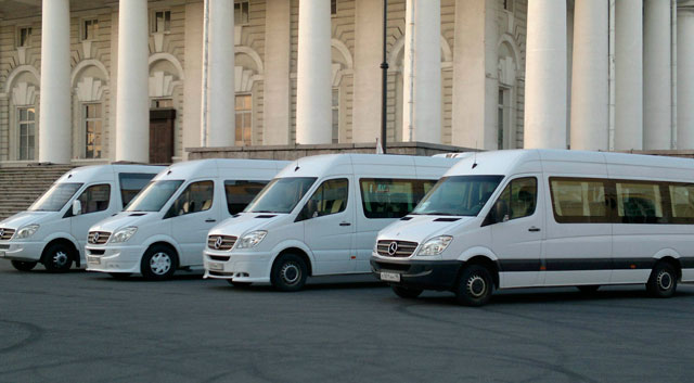 Аренда микроавтобуса с водителем в Санкт-Петербурге