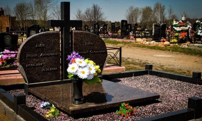 Где купить памятник в Екатеринбурге?